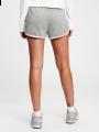 מכנסי מלאנז' קצרים עם לוגו / נשיםמכנסי מלאנז' קצרים עם לוגו / נשים של GAP image №2