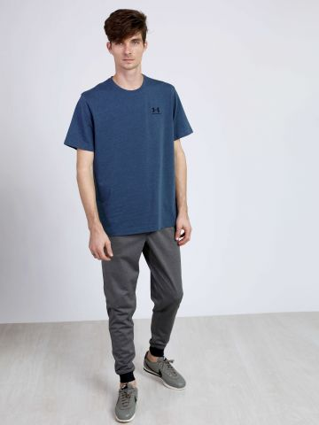 מכנסי פוטר עם מנג'טים של UNDER ARMOUR
