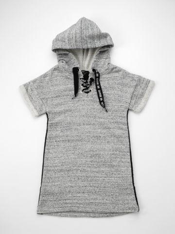 שמלת סווטשירט קצרה עם סטריפים Be You / ילדות של TERMINAL X KIDS