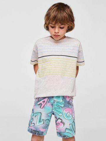 ג'ינס קצר גרפיטי של MANGO