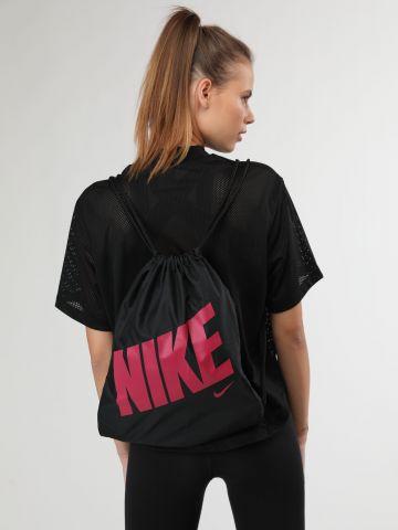 תיק שק עם לוגו בצבע של NIKE