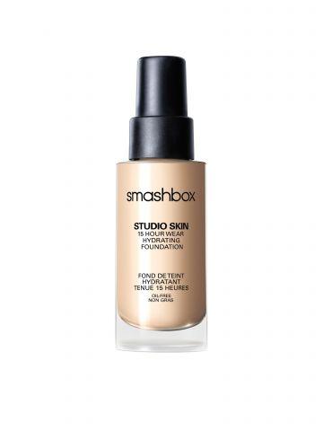 מייק אפ עמיד ל 15 שעות מסדרת Studio Skin של SMASHBOX