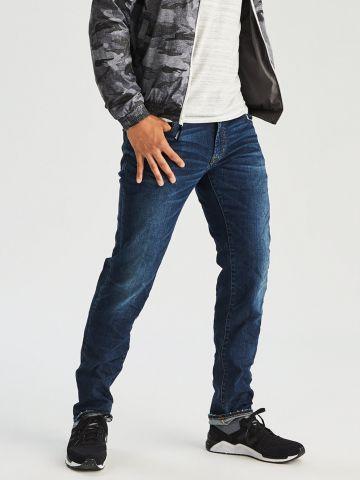 ג'ינס סלים בגזרה ישרה Slim Straight של AMERICAN EAGLE