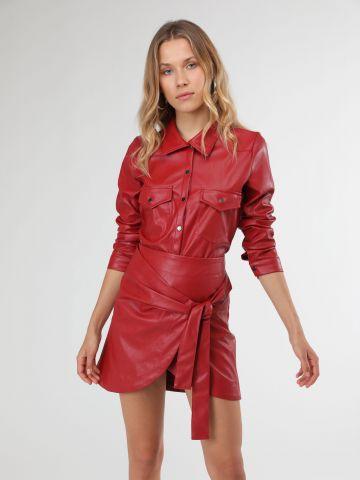 חצאית מיני מעטפת דמוי עור עם קשירה של TERMINAL X