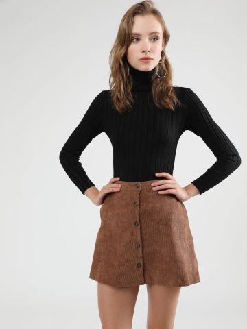 חצאית קורדורוי מיני עם כפתורים של YANGA