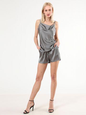 מכנסי סאטן קצרים עם כיסים של TERMINAL X