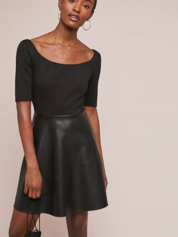 שמלת מיני בשילוב חצאית דמוי עור Bailey 44 של ANTHROPOLOGIE