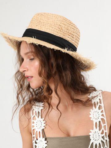 כובע קש עם סרט של TERMINAL X