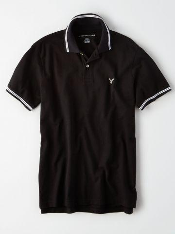 חולצת פולו עם רקמת לוגו ושוליים מודגשים / גברים של AMERICAN EAGLE