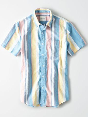 חולצה מכופתרת בהדפס פסים עם כיס / גברים של AMERICAN EAGLE