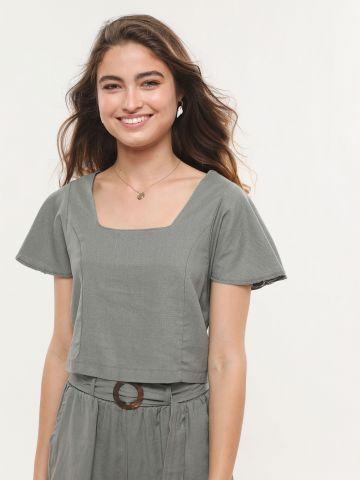 חולצת קרופ עם מפתח מרובע של YANGA