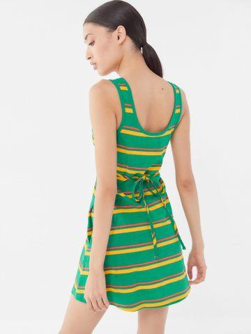 שמלת מיני פסים עם קשירה UO של URBAN OUTFITTERS