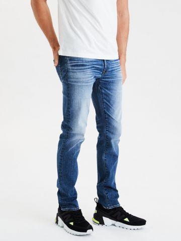 ג'ינס סלים בשטיפה כהה של AMERICAN EAGLE