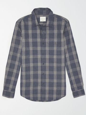 חולצה מכופתרת בהדפס משבצות / גברים של AMERICAN EAGLE