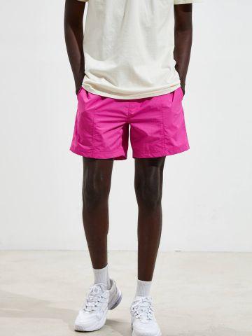 מכנסי ניילון קצרים בצבע ניאון UO של URBAN OUTFITTERS