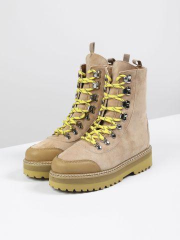 מגפיים דמוי זמש עם שרוכים / נשים של TERMINAL X