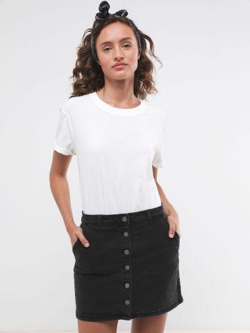 חצאית ג'ינס מיני עם כפתורים של ROXY