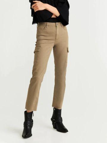 ג'ינס בגזרה ישרה עם כיסים של MANGO