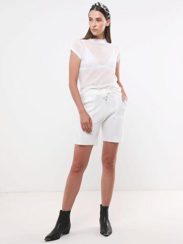 מכנסי סריג קצרים של YANGA