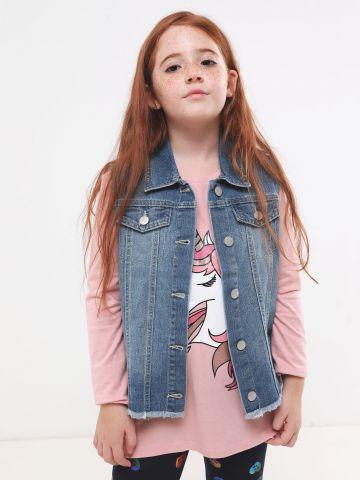 וסט ג'ינס עם פרנזים וכפתורים של THE CHILDREN'S PLACE
