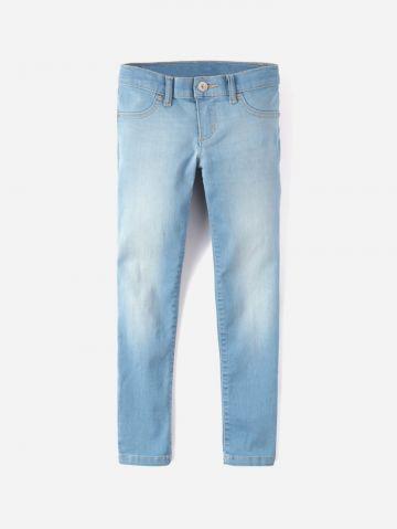 ג'ינס סקיני בשטיפה בהירה עם הבהרות / בנות של THE CHILDREN'S PLACE