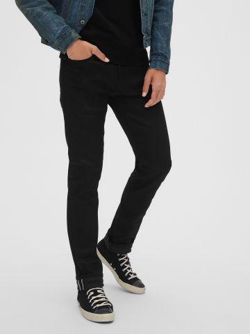 ג'ינס Slim-fit בשטיפה כהה של GAP