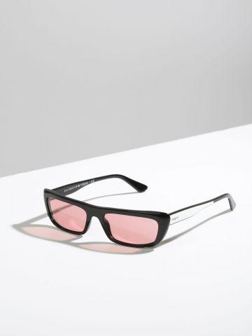 משקפי שמש צרים עם מסגרת פלסטיק Gigi Hadid X של vogue eyewear
