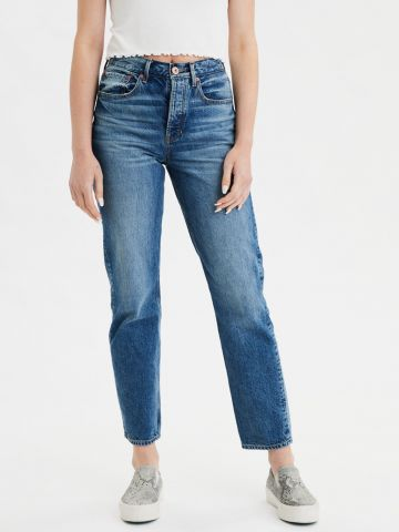 ג'ינס בויפרינד עם הלבנה של AMERICAN EAGLE