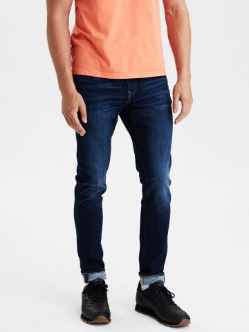 ג'ינס Super Skinny בשטיפה כהה של AMERICAN EAGLE