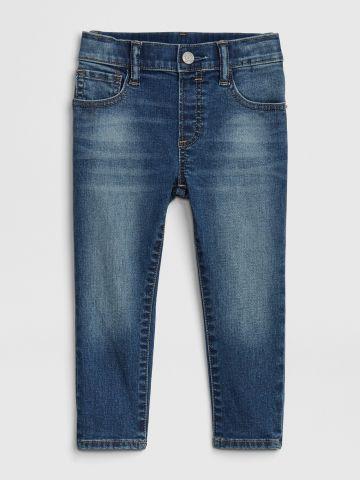 ג'ינס סלים סטרץ' בשטיפה כהה / 12M-5Y של GAP