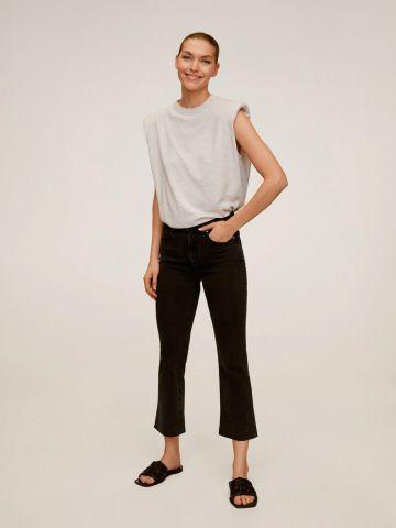 ג'ינס קרופ עם סיומת מתרחבת של MANGO