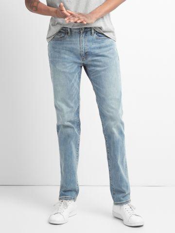 ג'ינס Slim-fit בשטיפה בהירה של GAP