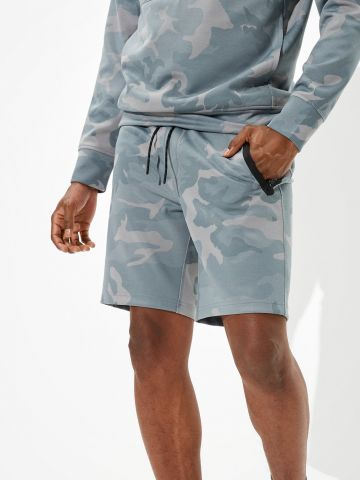 מכנסי טרנינג קצרים בהדפס צבאי של AMERICAN EAGLE