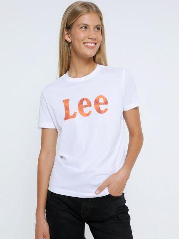 טי שירט עם לוגו של LEE