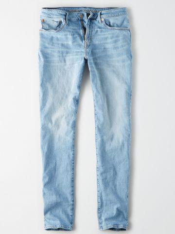 ג'ינס ארוך בשטיפה בהירה Athletic / גברים של AMERICAN EAGLE