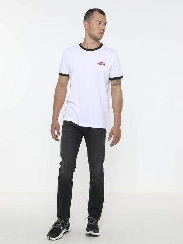 מכנסי ג'ינס בגזרת סלים של WRANGLER