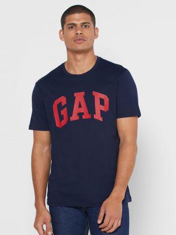 טי שירט לוגו בייסיק של GAP