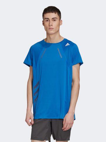 חולצת ריצה עם לוגו של ADIDAS Performance
