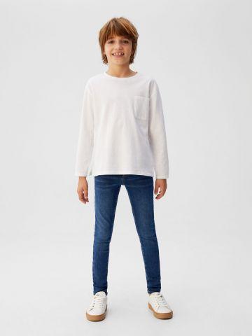 ג'ינס סקיני סטרץ' של MANGO