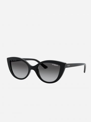 משקפי שמש עיני חתול עם מסגרת פלסטיק / בנות של vogue eyewear
