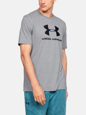 טי שירט עם הדפס לוגו של UNDER ARMOUR