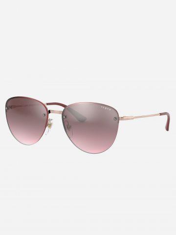 משקפי שמש מעוגלים עם מסגרת מתכת של vogue eyewear