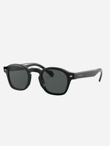 משקפי שמש מרובעים עם מסגרת פלסטיק של vogue eyewear