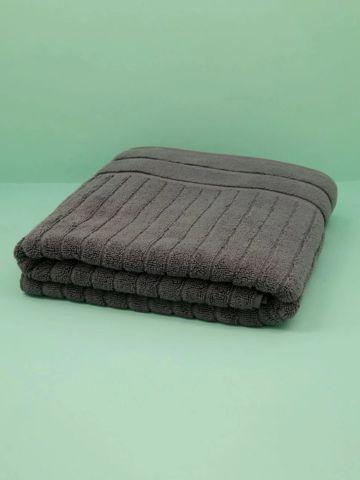 מגבת אמבטיה בדוגמת פסים LUXURY של FOX HOME