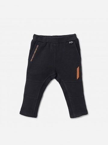 מכנסי טרנינג עם הדפס כיתוב / 0-24M של SHILAV