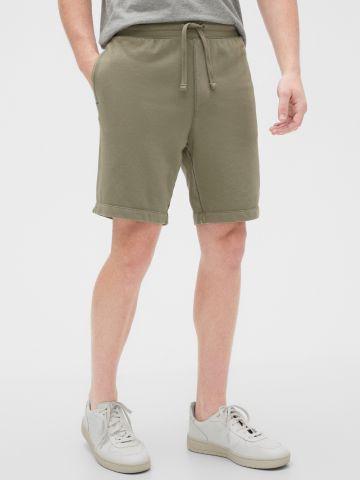 מכנסי טרנינג קצרים של GAP