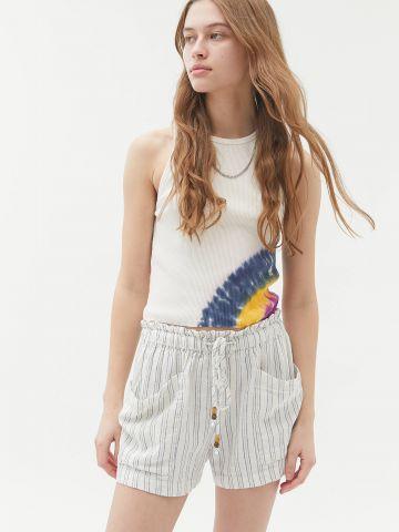 מכנסיים קצרים בהדפס פסים UO של URBAN OUTFITTERS