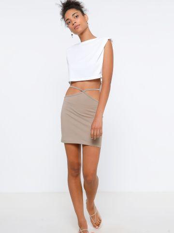חצאית מיני חיתוכים במותן וקשירה מאחור של TERMINAL X