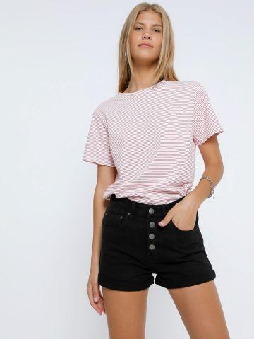 ג'ינס קצר עם כפתורים של BILLABONG