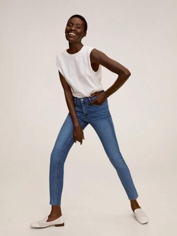 ג'ינס קרופ בגזרת סקיני של MANGO